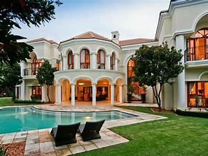 Exquisite Mansion In South Africa