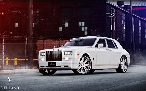 Rolls Royce Ghost Backgrounds by Rolls Royce Phantom Wallpaper Wallpapersafari