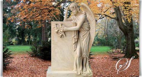 Großer Engel Grabstein »florencia« • Serafinumde