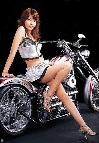pin  brian   motorcycles    bunch  women