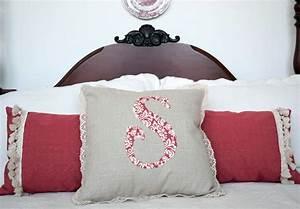 Appliqued, Monogram, Pillow, U00b7, How, To, Sew, An, Applique, Cushion, U00b7, Sewing, On, Cut, Out, Keep