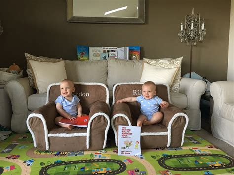 schedule   month  twins including bottle weaning goals