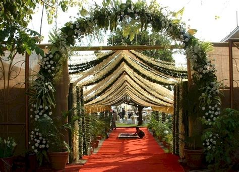 traditional indian wedding entrance decorations oosile