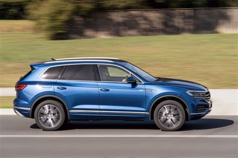 vw touareg launch review