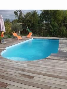 Plage de piscine bois, terrasse de piscine en bois à Bordeaux