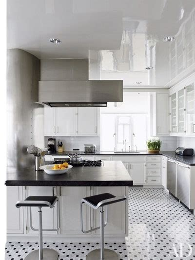 black countertops  inspire  kitchen renovation