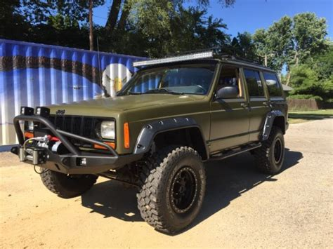 jeep xj lifted jeep cherokee lifted expedition style xj 4x4 winch bumper