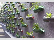 Jardins, Bouteille and Idées de jardin on Pinterest