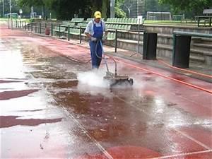 Farbe Von Beton Entfernen : reinigung von tartanbahnen dampfstrahlen ~ Kayakingforconservation.com Haus und Dekorationen