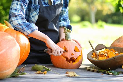 ideen zum halloween kuerbis schnitzen