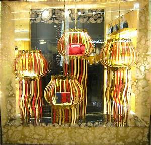 TOD'S 'Diwali' Window Displays by Marialuisa Cortesi ...
