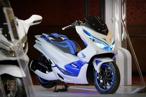 Pcx 2018 Club by Modifikasi Honda Pcx 150 Touring Myvacationplan Org