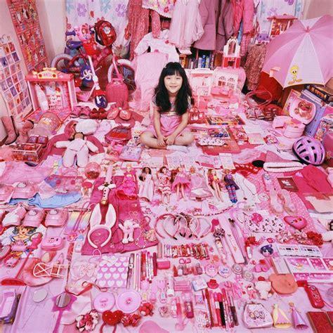 The Reel Foto: JeongMee Yoon: Boys versus Girls, The Pink & Blue Project