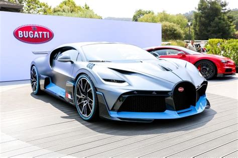 While the chiron is beating world top speed records, the divo concentrates on offering enhanced driving dynamics. Drooling over the $5.8 million, 1480-hp Bugatti Divo at ...