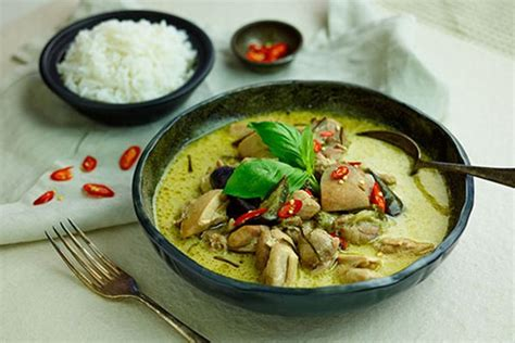 thai kitchen green curry thai green chicken curry 7174