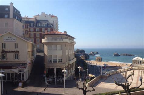 hotel chambre fumeur le petit hôtel à biarritz