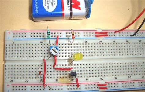 Simple Heat Sensor Temperature Circuit Diagram