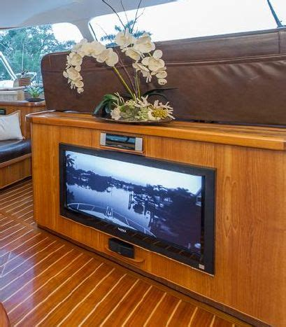 Enclosed Express Boats by 2008 55 Dixon Custom Enclosed Express 1 498 000 The