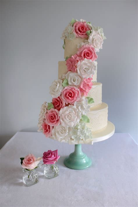 luxury wedding cakes london hertfordshire bedfordshire