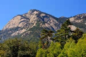 Huangshan Mountain Range China