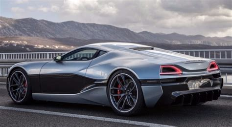 Fully Electric Sports Car by Bugatti Veyron Vs Rimac Concept One Fully Electric