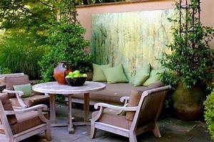 5 small patio decor ideas for Small outdoor decor ideas
