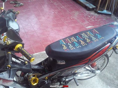 Gambar Modifikasi Motor Suprax125 by Kumpulan Modif Jok Motor Supra 125 Terupdate Botol