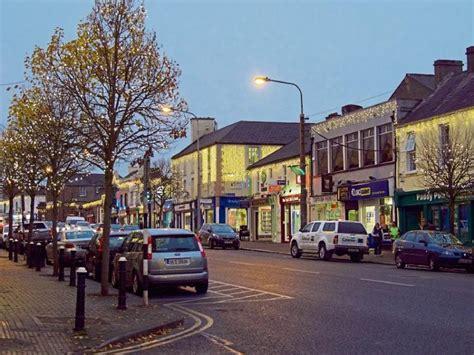 top architect  give talk  newbridge town centre
