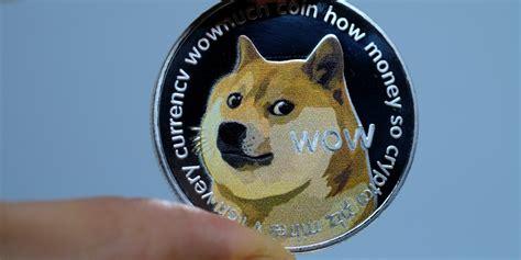 The great crypto decoupling trade—bitcoin bombs, as ...