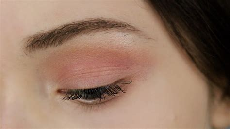 peach tutorial  blue eyes makeup geek eyeshadows