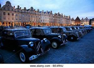 France Cars Arras : 75 years of citroen traction avant in arras july 2009 stock photo 25912005 alamy ~ Medecine-chirurgie-esthetiques.com Avis de Voitures