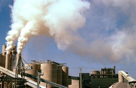 Wwf Supports Iea Conclusion Two Thirds Of Fossil Fuel