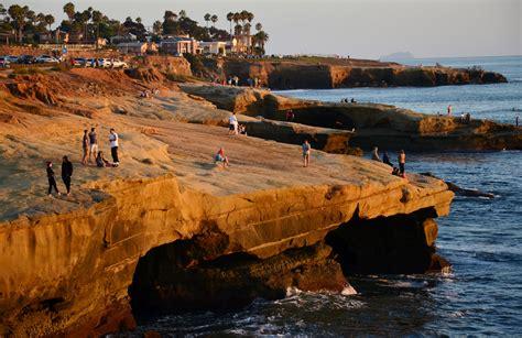 File Sunset Cliffs San Diego Usa Panoramio