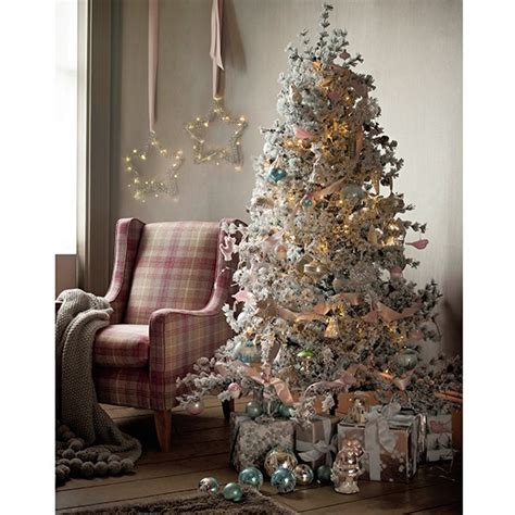 Christmas Tree Decorating Ideas  Christmas Decorations. Christmas Staircase Decorations Pictures. Christmas Decorations With Jingle Bells. Cute Christmas Tree Decorations. Christmas Holiday Indoor Decorations. Christmas Ideas For Tables. Provincial Home Living Christmas Decorations. Christmas Decorations Online Europe. How To Decorate A Christmas Tree In Gold