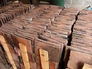 Tuile Plate Terre Cuite : tuiles plates anciennes en terre cuite pour toitures ~ Melissatoandfro.com Idées de Décoration