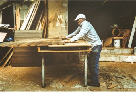 profitable woodworking business ideas projects