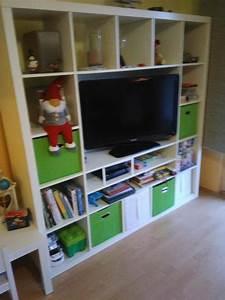 Ikea Tv Möbel : ikea expedit kallax tv schrank bench in weiss in neu ~ Lizthompson.info Haus und Dekorationen