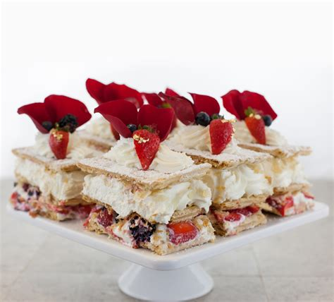 NAPOLEONS   Extraordinary Desserts