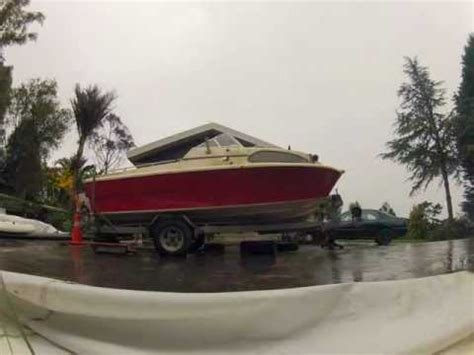 Removing A Boat From A Trailer On Land by Brownell Manual Boat Lift Item Bl2 Doovi
