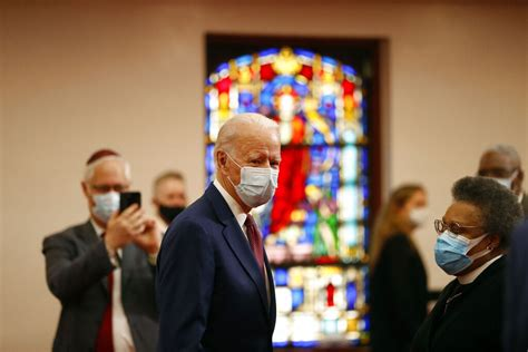 biden meets  black leaders  delaware church