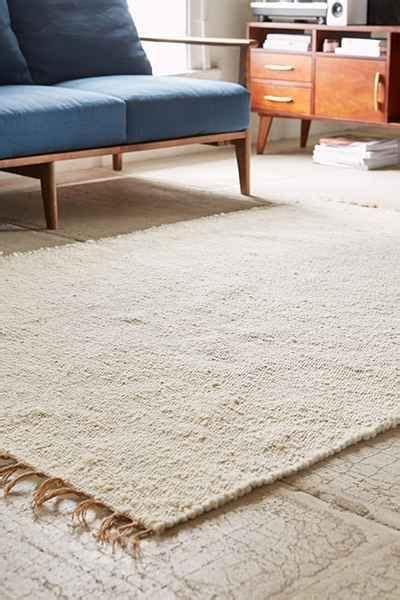 living spaces area rugs urbanoutfitters awesome stuff for you your space
