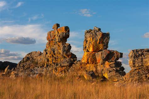 isalo nationalpark unberuehrte landschaften  madagaskar