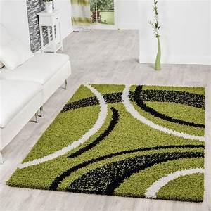 Teppich Schwarz Weiß : moderner hochflor teppich shaggy vigo gemustert in gr n schwarz wei top preis hochflor teppich ~ Markanthonyermac.com Haus und Dekorationen