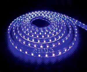 Bande Led Autocollante : bande leds a coller couleur bleue rouleau de 5 m ~ Edinachiropracticcenter.com Idées de Décoration