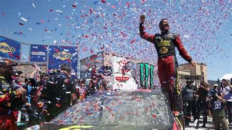 NASCAR at Sonoma Raceway results, standings: Martin Truex ...