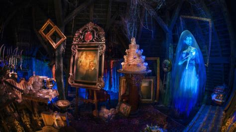 how disney upgrades the haunted mansion to scare new generations of fans