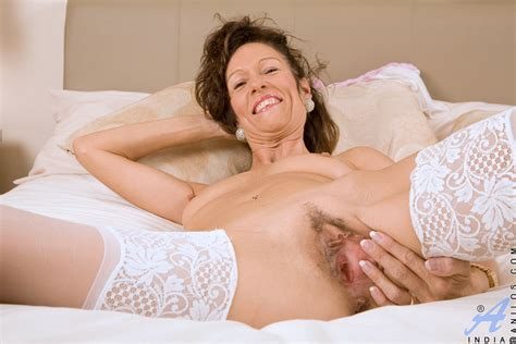 freshest mature women on the net featuring anilos india free milf