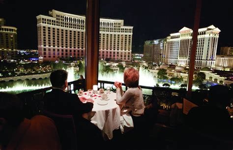 cuisine las vegas reserving a 39 s day dinner in las vegas guide