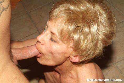 Bystander Wives Bj Tumbex Granny Giving Oral 2717