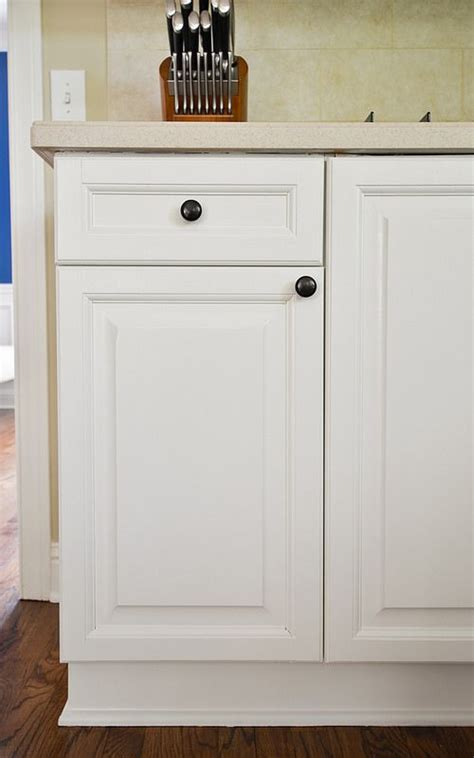 painting kitchen cabinets with benjamin advance 1000 images about furniture on 9704
